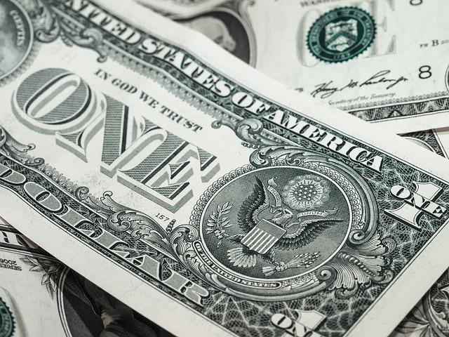bankovka dollar usd.jpg