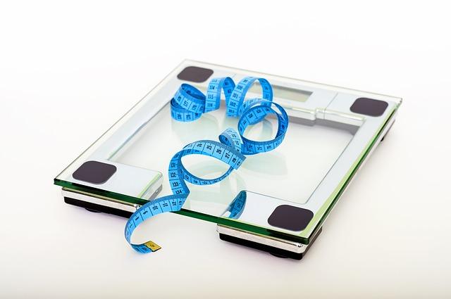 skleněná váha