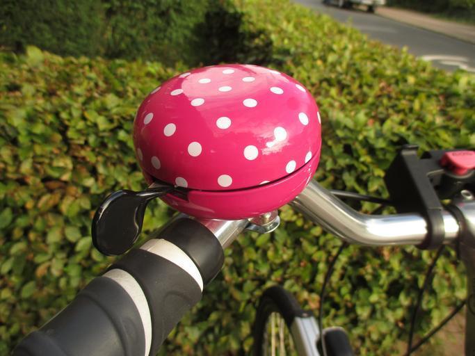 zvonek na kole
